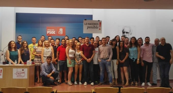 Miembros de la nueva Ejecutiva provincial de las JJSS de Albacete.