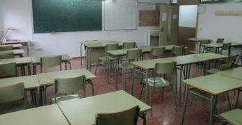 """Los profesores interinos de la región son """"los únicos"""" que serán despedidos en verano"""