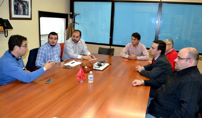 Foto Reunión Junta Cofradías-Grupo Municipal Socialista