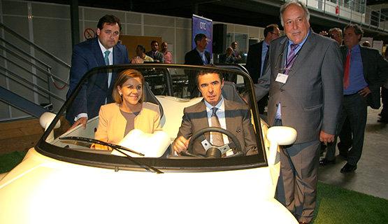 Cospedal y Soria, en el interior del vehículo, y Núñez a la izquierda.
