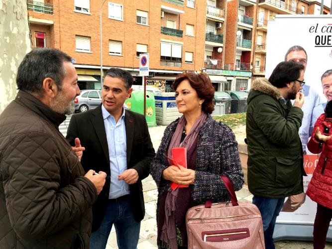 Foto PSOE 11-12-15 (Mesa Informativa Barrio Hospital)