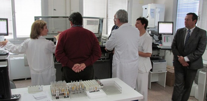 FOTONOTASANIDAD1. Mejoras Laboratorio Análisis Hospital Puertollano