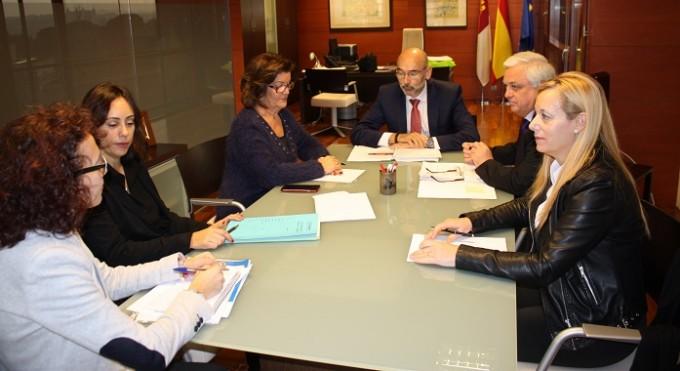 Foto Reunión Consejería y Sector Automoción