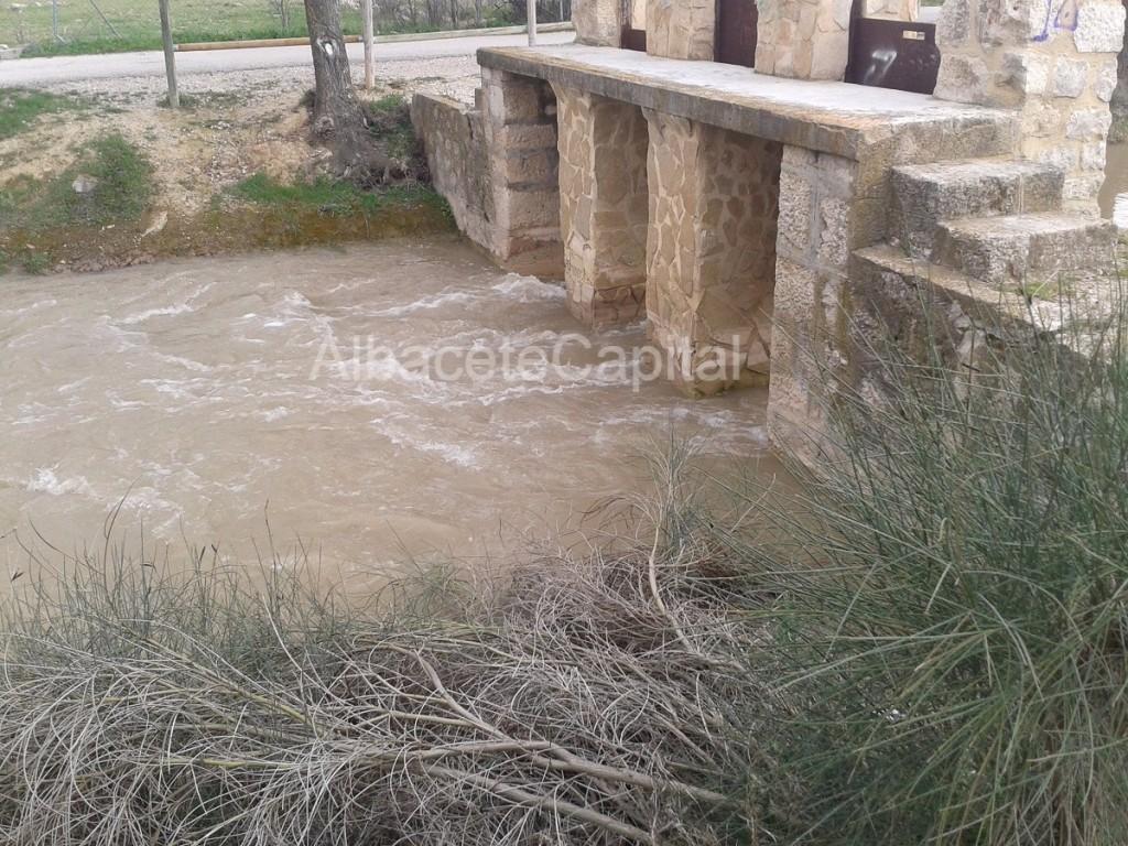 El Gobierno regional insiste en demandar al Estado la concesión de agua para el Canal de Albacete