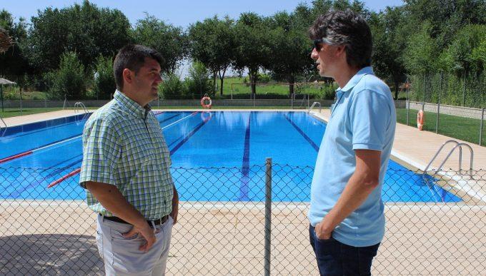 Navarro asegura que las piscinas de las pedan as de for Piscina julio navarro