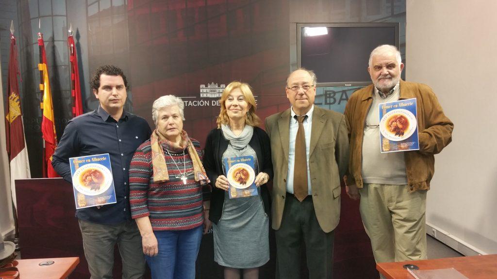 """""""Comer en Albacete"""", un libro benéfico con recetas de los mejores chefs de la ciudad"""