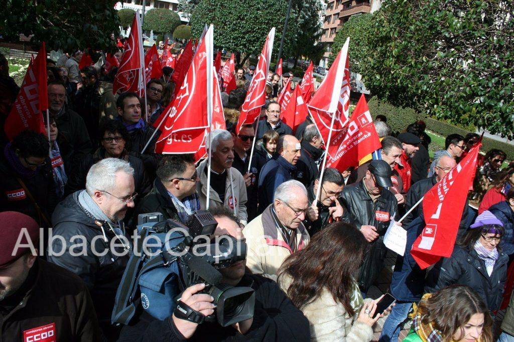 Albacete se moviliza para exigir empleos y salarios dignos