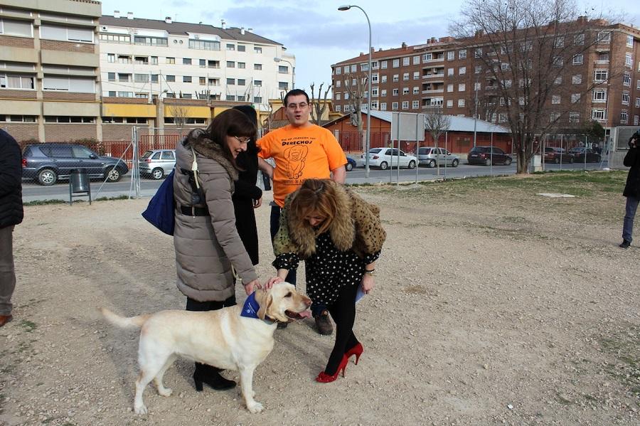 Albacete capital cuenta con cinco nuevas zonas de esparcimiento para perros