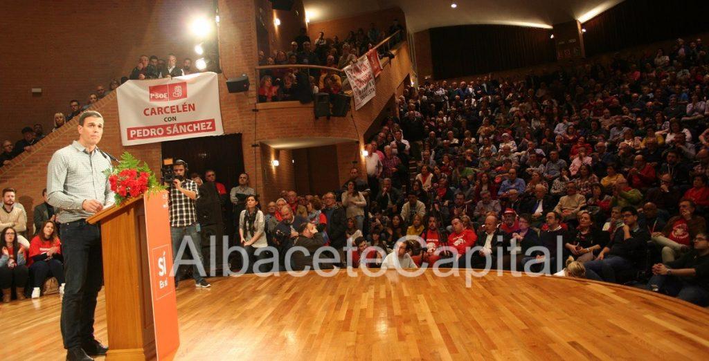 Los militantes de la provincia de Albacete arropan a Pedro Sánchez