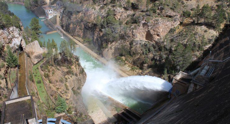 Los regantes de la cabecera del Segura se unen para tener acceso al agua