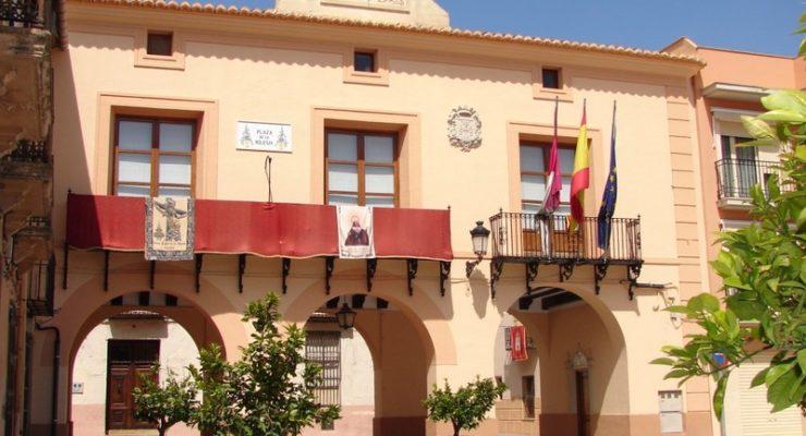 Dimite el alcalde 'popular' de Caudete para evitar la moción de censura