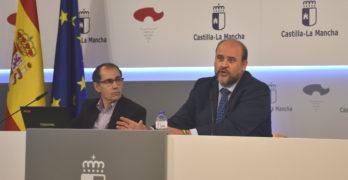 La Junta ultima su segundo proyecto de Presupuestos sin pacto con Podemos o PP