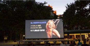 El Festivalaco: humor para atraer turismo a Alcalá del Júcar