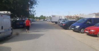 Ganemos pide la construcción de aceras en el barrio Cañicas